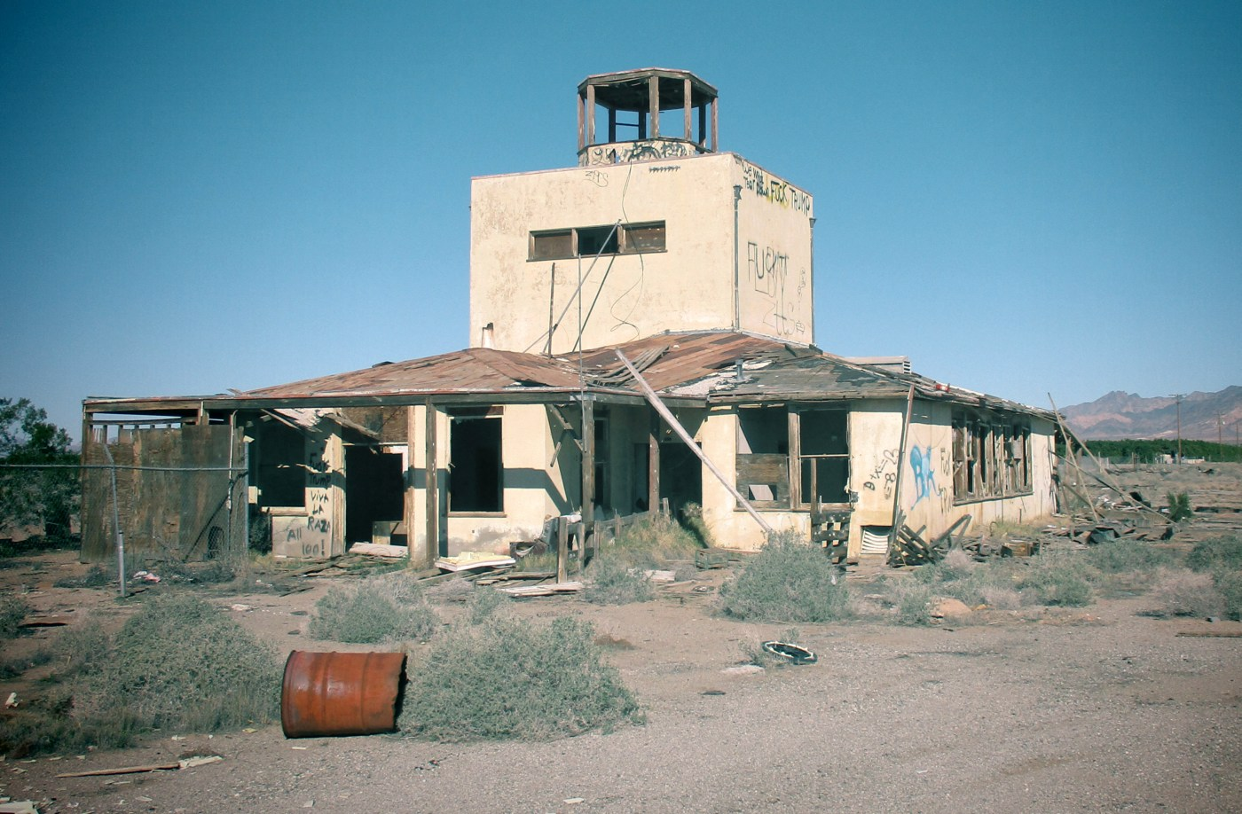 Abandoned & Little-Known Airfields: California: Eastern