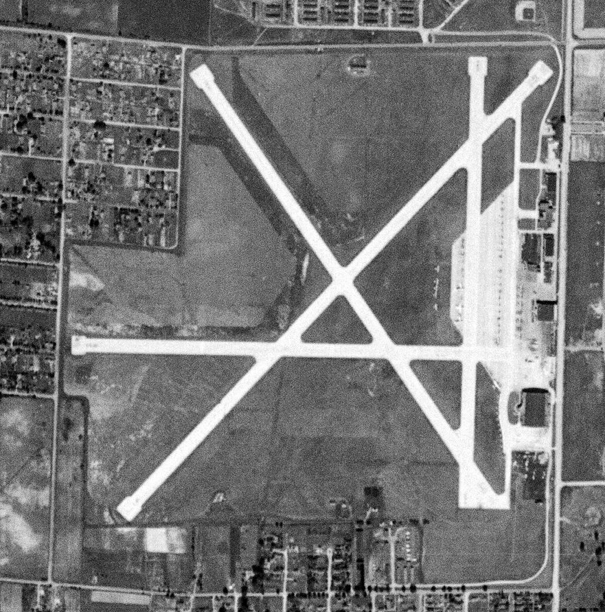 Abandoned & Little-Known Airfields: Indiana: Western