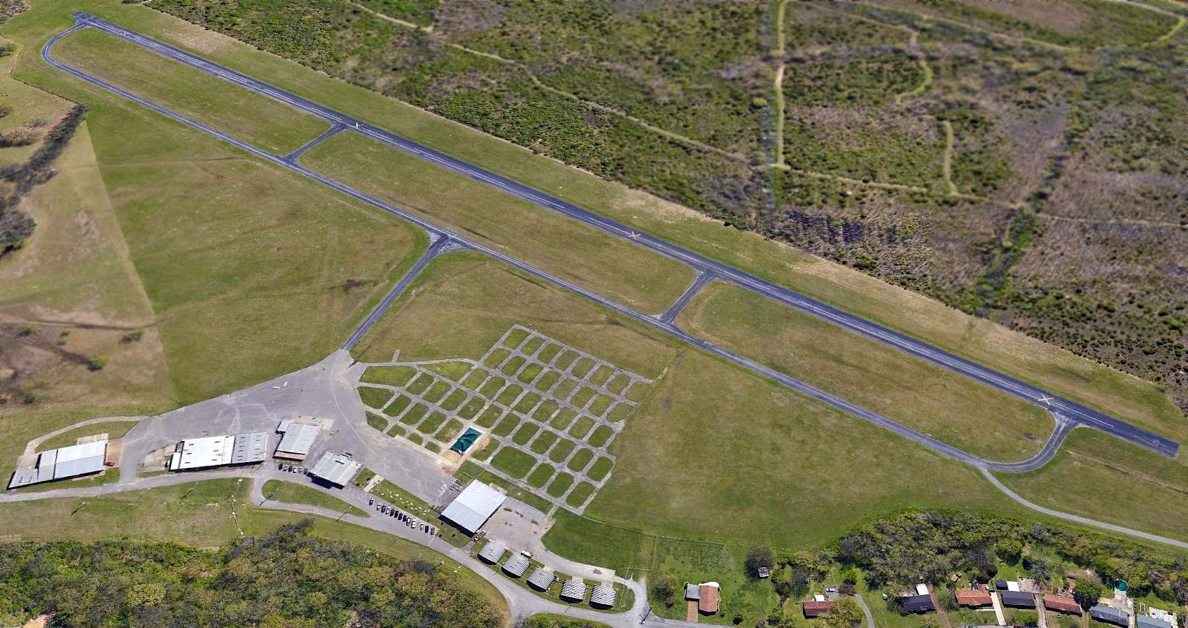 Abandoned & Little-Known Airfields: Central Tennessee